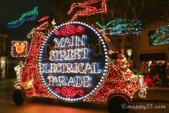 カリフォルニアディズニーランドのメインストリート・エレクトリカルパレードが期間限定で復活!