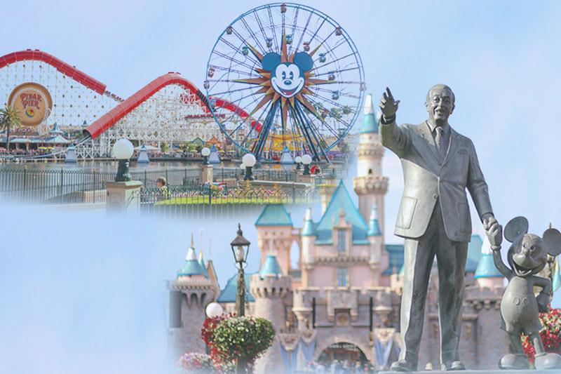 ディズニーランドのお城とカリフォルニアアドベンチャーの観覧車
