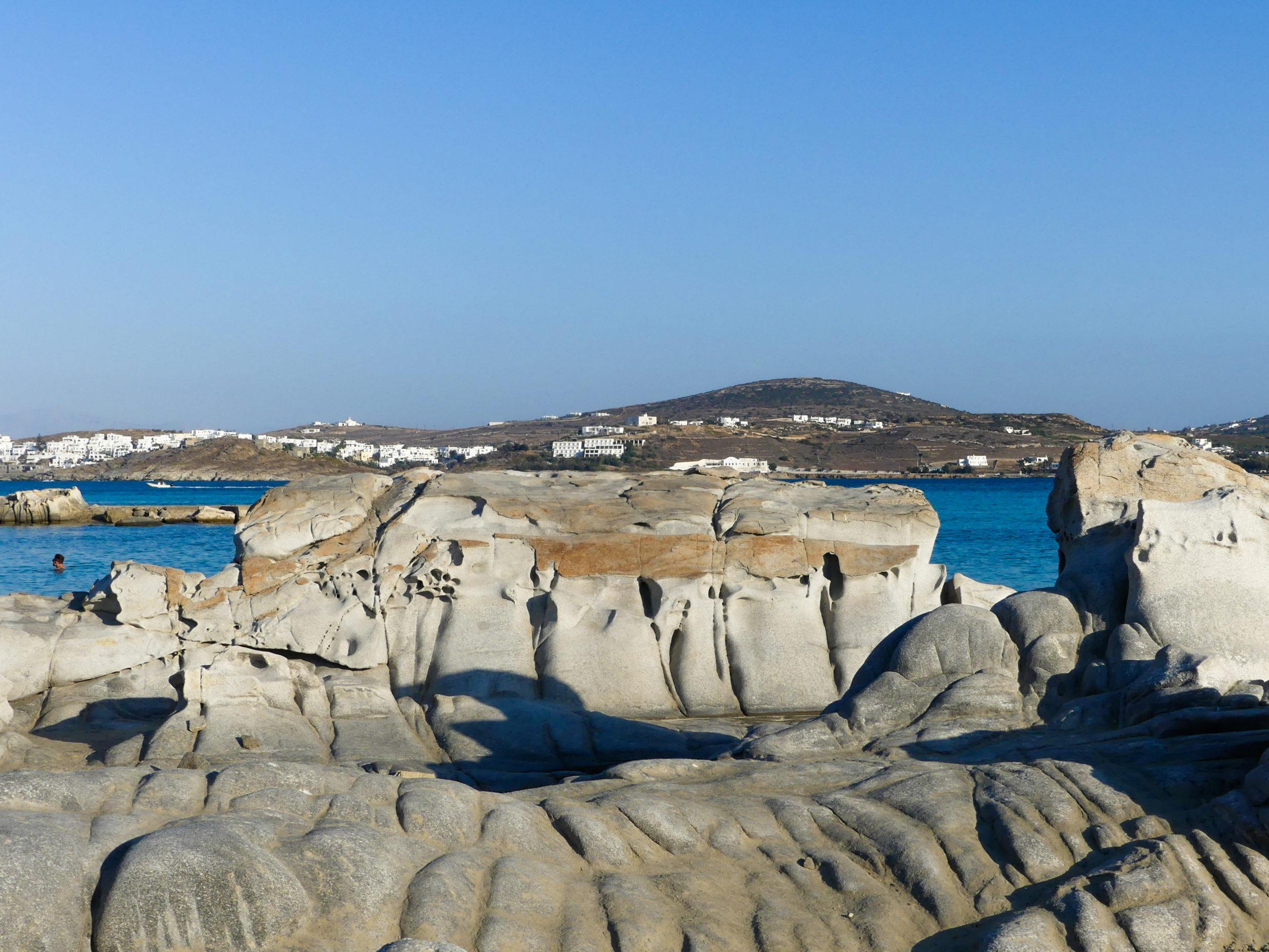Kolymbithres Beach Felsformationen mit Aussicht auf Naoussa