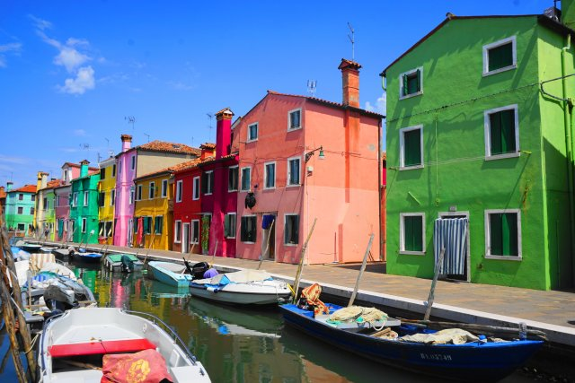 what to do Burano, Italy - colorful houses and canals