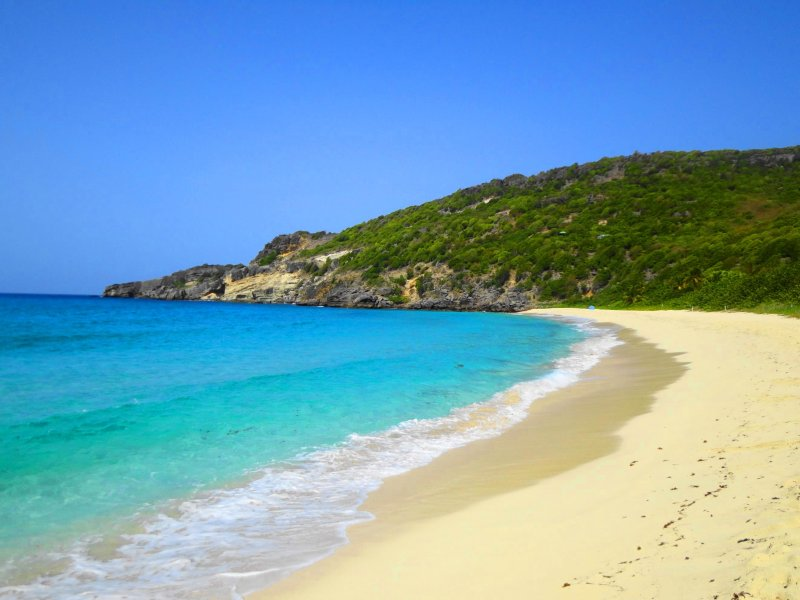 what to do in St Barts - beach