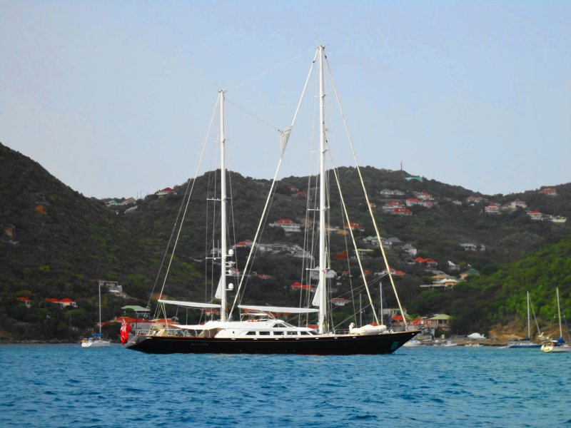 what to do in St Barts - nice boats