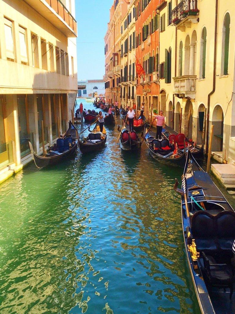 Italian bucket list - Italian gondolas
