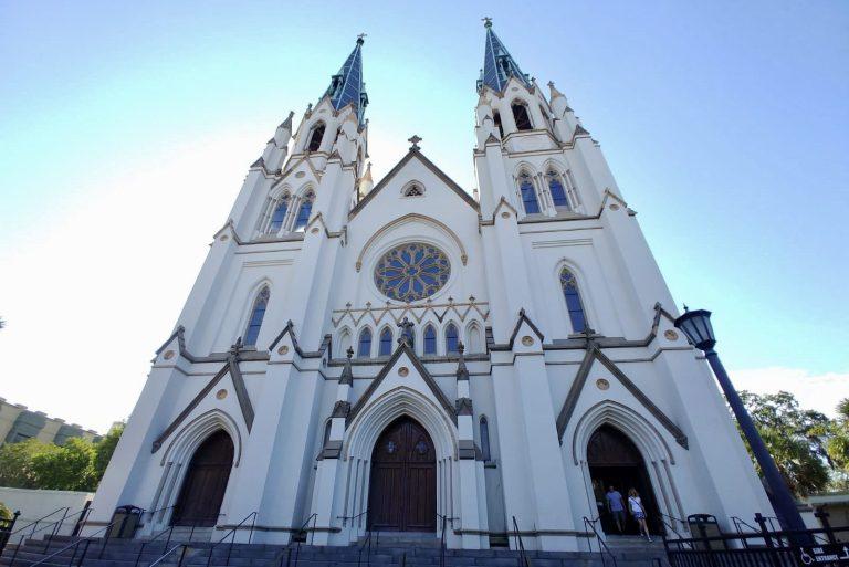 12 Top Photo Spots in Savannah, Georgia