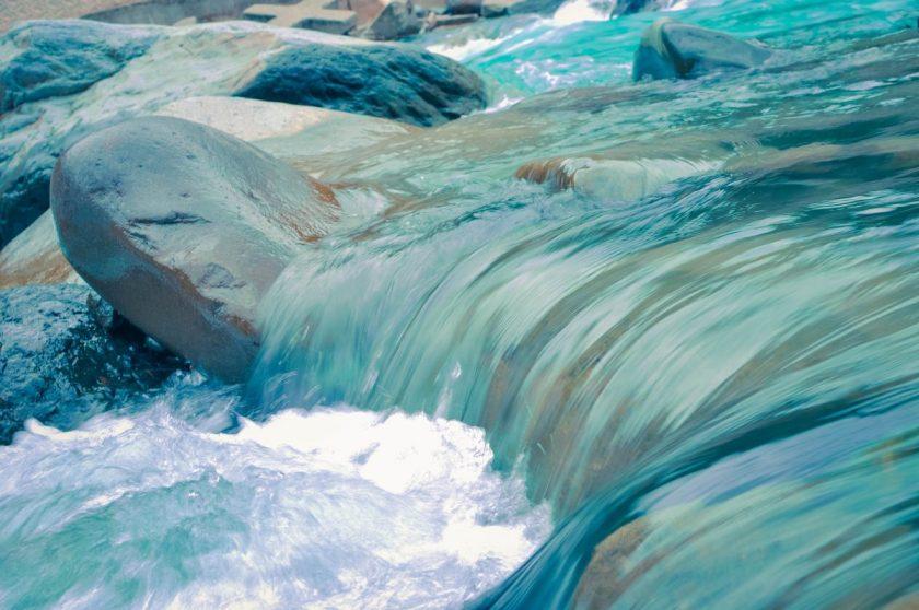 rock stream force