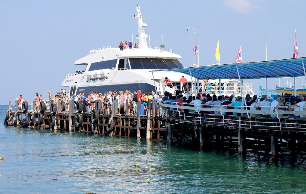 Chumphon to Koh Tao Ferry, Thailand