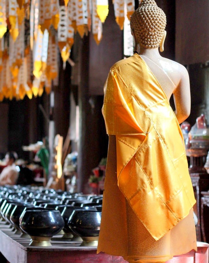 Wat Phan Tao - donation pots