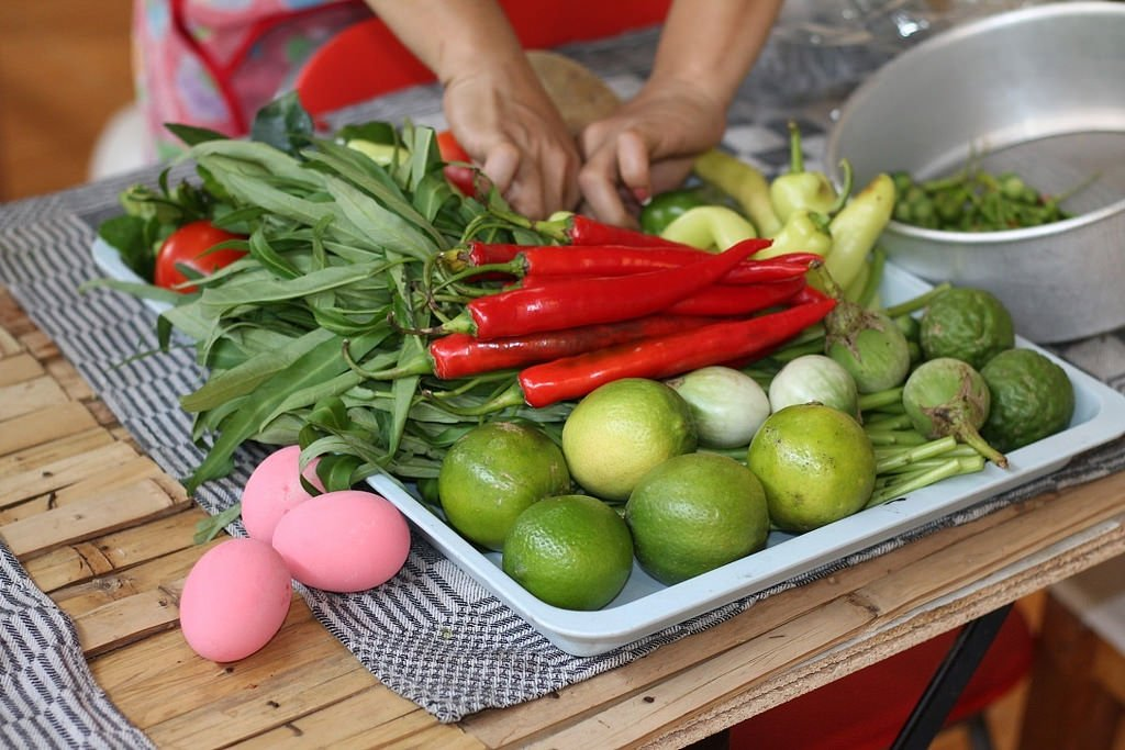 Ann's Thai cooking class - Making preparations