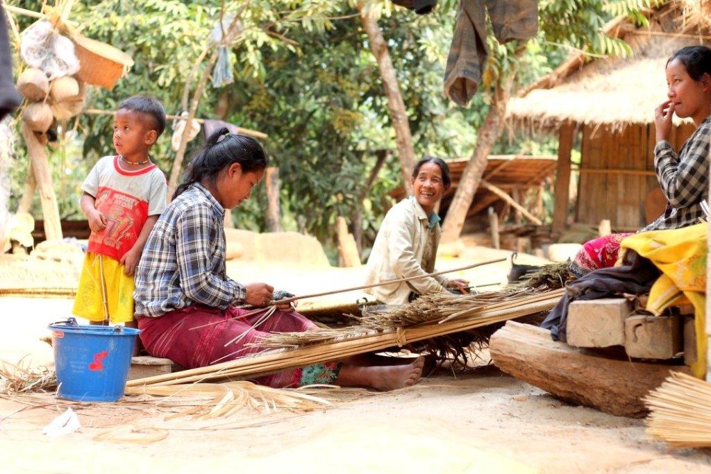 Women in Ban Baw village, Mekong River