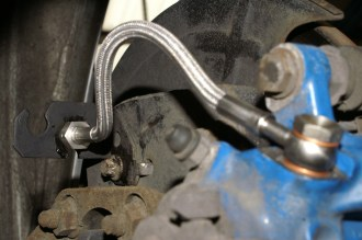 Upper Bracket Brake Hose to Caliper