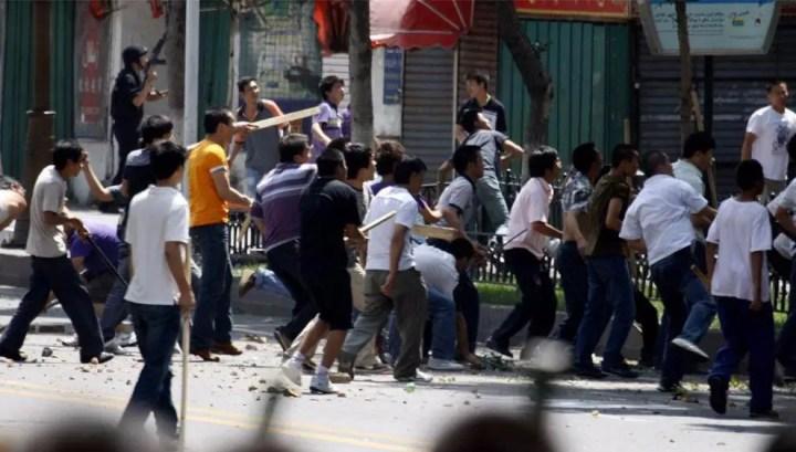 ethnic_clashes_in_urumqi_china_23