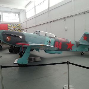 Maquetas hechas - yakovlev-yak-9 Vista lateral