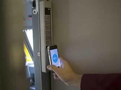 pagando o trem com NFC
