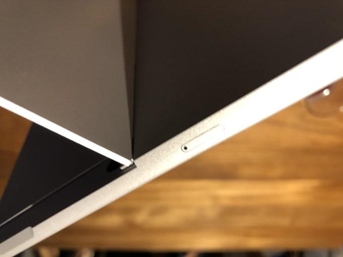 Surface Go LTE版 外観