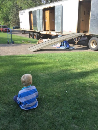 Tips for moving with kids (how to stay sane!)