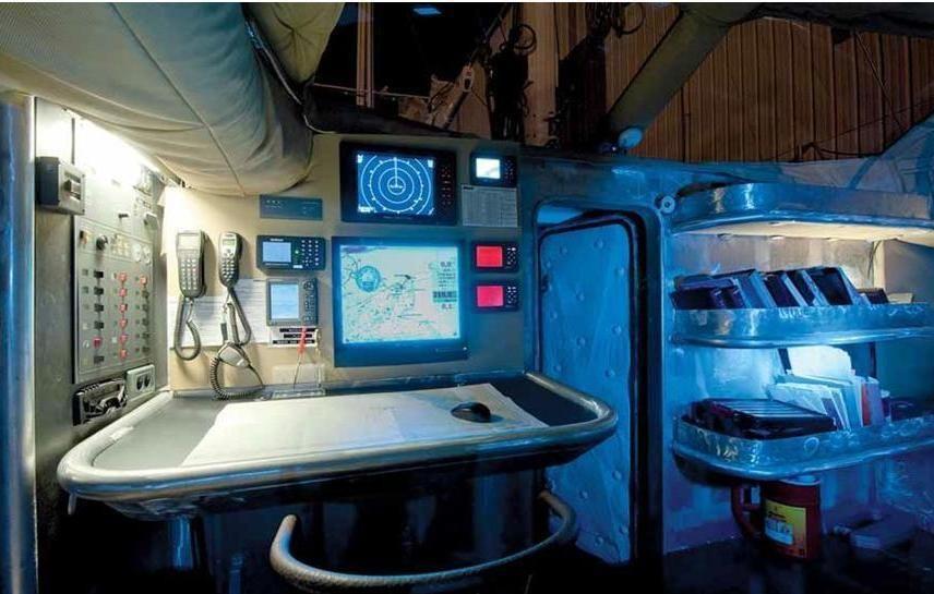 Marama expeditions croisiere voilier table à carte