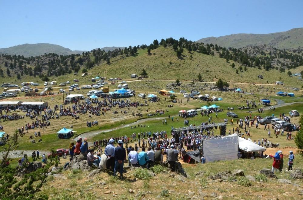 Çağlayancerit Ayran Pınarı Festivali pandemi nedeniyle bu yıl iptal