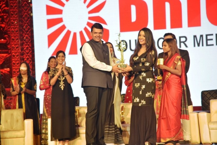 Fashion Show Of Acid Attack Victors Presided By Amruta Fadnavis