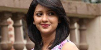 Tejashree-Pradhan-bio-wiki-birthday-husband
