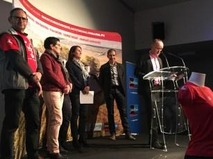 Jean Louis Gogue, André Coupat, Virginie Guillermin, Dominique Melin sur scène pour la soirée des bénévoles