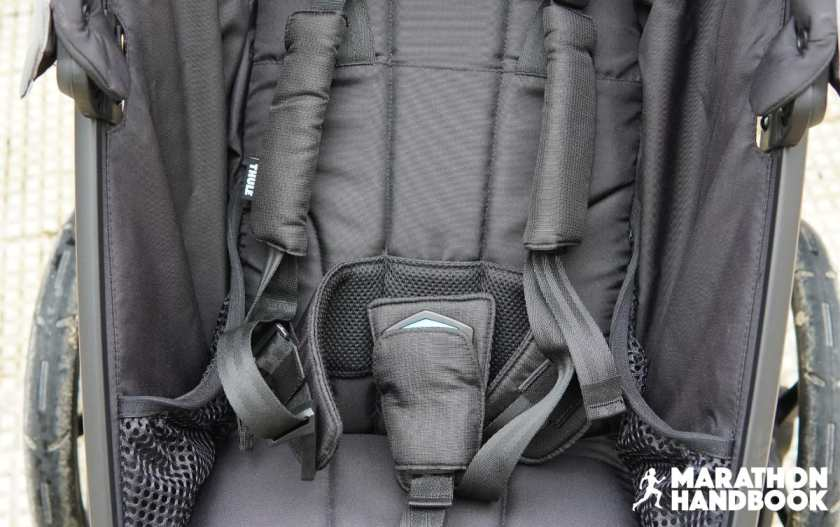 thule urban glide 2 5 point harness