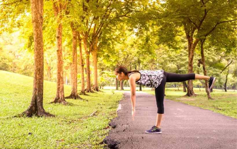 bodyweight exercises for runners single-leg deadlift