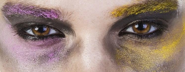 de-las-mujeres-maquillaje-violencia-2418419