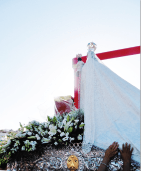 The celebrants filed past, touching the lace hem of the Virgen del Carmen´s dress while asking for her blessing.