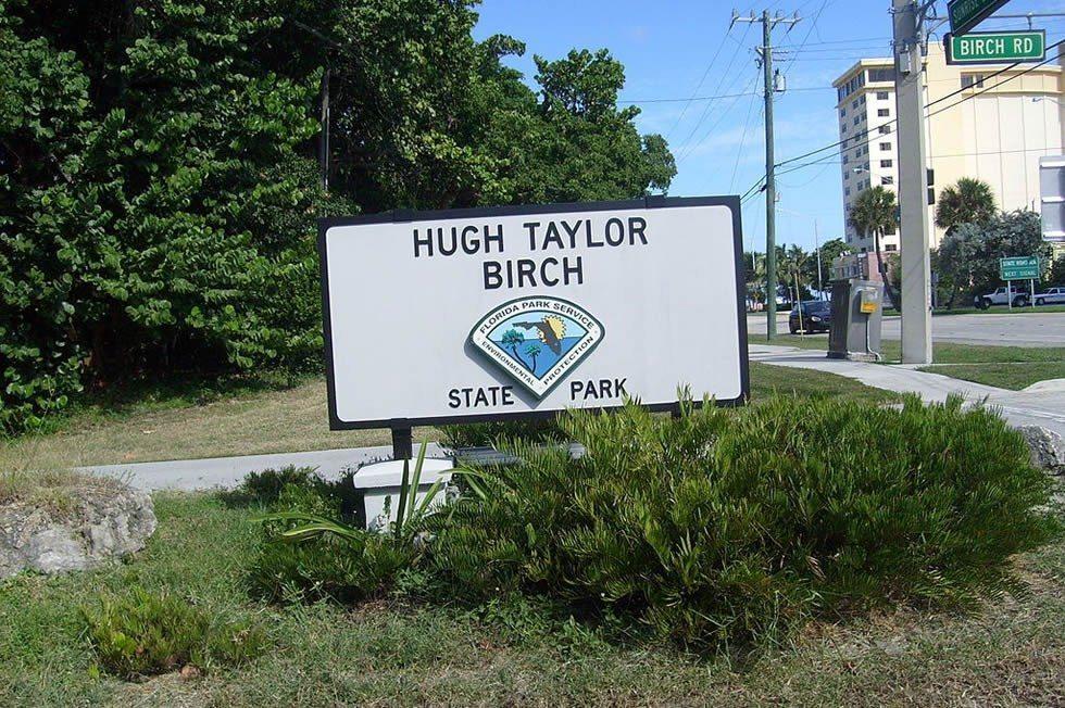 1024px-Hugh_Taylor_Birch_State_Park-4c3f739fee