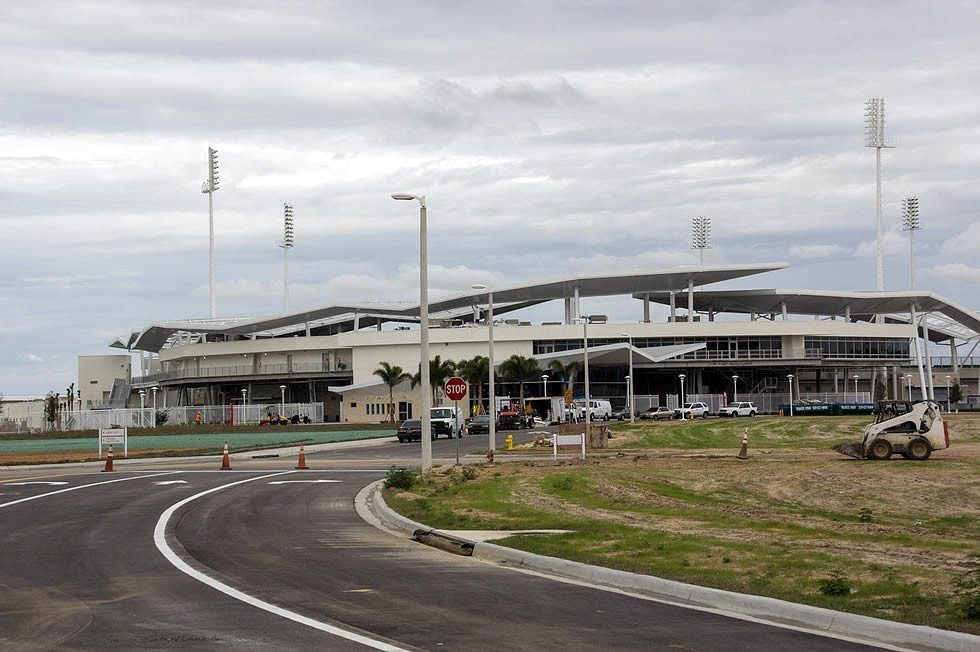 1280px-JetBlue_Park_Under_Construction1-a21d3a58cd