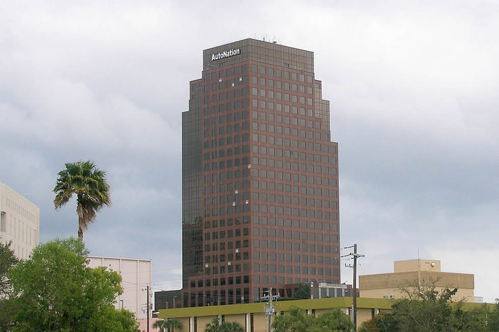 965px-Autonation_headquarters-9ba6db8509