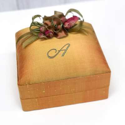 Baby-Jewelry-Box-BJ6-17-Gold-Ballantines-Sage-Thread