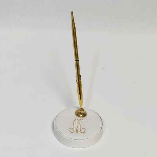 PH-S-Candlelight-Shantung-Light-Beige-Thread-Gold-Pen-Upright-Monogram