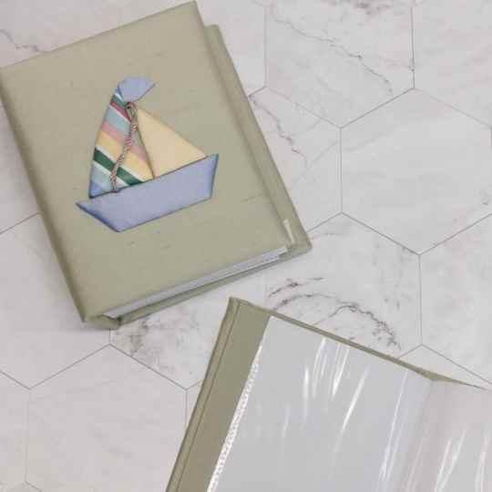Small-Baby-Photo-Album-AHB7-SB-Celadon-Silk-inside