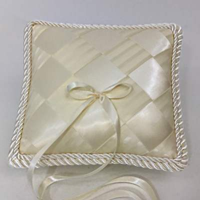 PL7S-14B-Cream-Satin-Ribbon