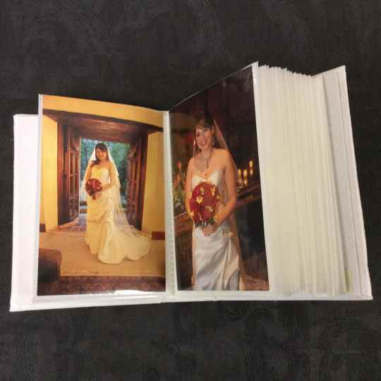 AHB7-Small-Hardbound-Photo-Album-Inside-View-Bridal-20-pages-40-photo-pockets