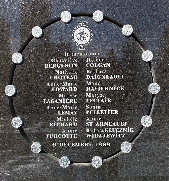 Plaque on the exterior wall of École Polytechnique commemorating the victims of the massacre. Memorial plate on the side of École Polytechnique. Image courtesy of Wikipedia.