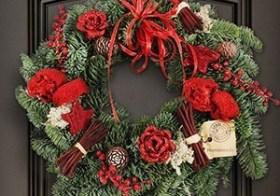 Verse handgemaakte kerstkransen