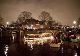 19-12: Amsterdam Light Parade