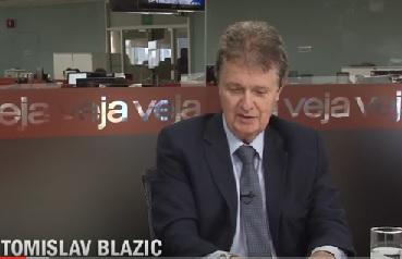 """Ao dizer que terá que fazer uma """"Escolha de Sofia"""", Blazic não está admitindo que tem a filmagem ou partes dela? Foto - Reprodução do Youtube"""