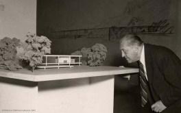 La arquitectura del silencio. Foto ©William Leftwich, 1947