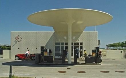 Oil-station-tecnne-maarten-helle