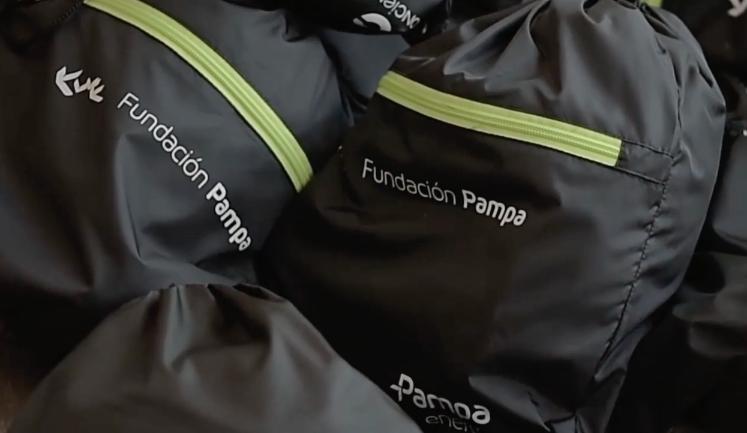 Fundación Pampa otorgó becas para 600 estudiantes