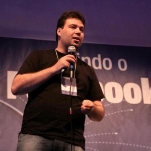 Marcelo Vitorino - consultor e palestrante | comunicação e marketing digital | gestão de crise | gestão de imagem