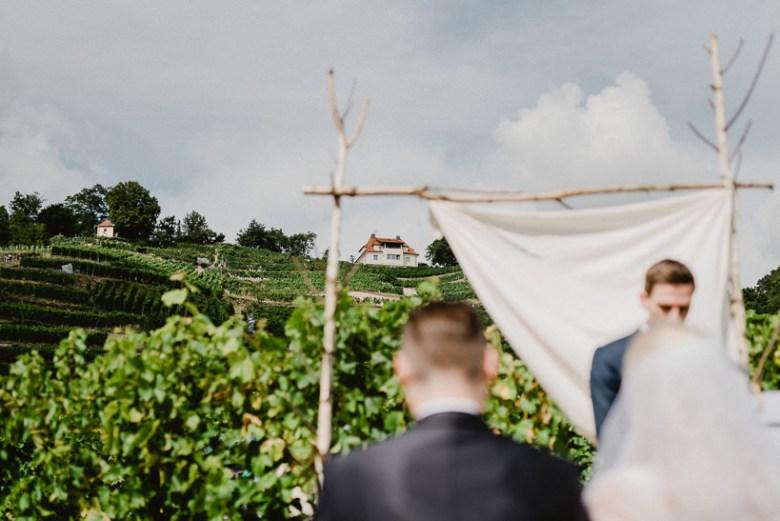 Hochzeitsfotograf Dresden Radebeul Weingut Drei Herren Julius Kost 023 Isa & Friedi - Hochzeit mit freier Trauung im Weinberg Willsdruff, Weingut, Radebeul, Gästehaus Hoflößnitz, Drei Herren