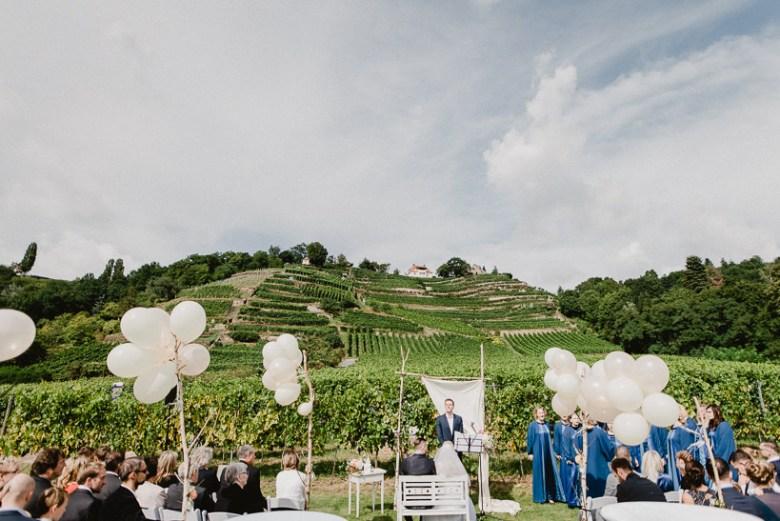 Hochzeitsfotograf Dresden Radebeul Weingut Drei Herren Julius Kost 024 Isa & Friedi - Hochzeit mit freier Trauung im Weinberg Willsdruff, Weingut, Radebeul, Gästehaus Hoflößnitz, Drei Herren