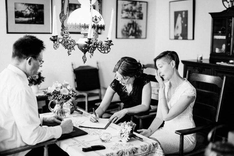 Hochzeitsfotograf Langeoog Nordsee Ostfriesische Inseln 017 Elopementhochzeit auf Langeoog verliebt, Reportagefotografie, Reportage, Liebe, Langeoog, Hochzeitsfotografie, Hochzeit, gleichgeschlechtlich, Fotoreportage, Elopement