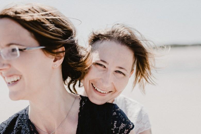 Hochzeitsfotograf Langeoog Nordsee Ostfriesische Inseln 042 Elopementhochzeit auf Langeoog verliebt, Reportagefotografie, Reportage, Liebe, Langeoog, Hochzeitsfotografie, Hochzeit, gleichgeschlechtlich, Fotoreportage, Elopement