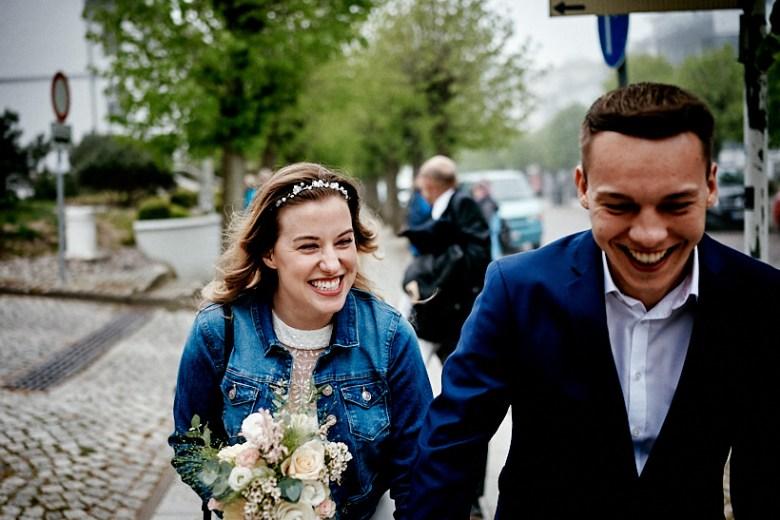 Hochzeitsfotograf Fotograf Ruegen Ostsee Sellin Binz Usedom Header 023 intime Hochzeit auf Rügen verliebt, Reportagefotografie, Reportage, Liebe, Langeoog, Hochzeitsfotografie, Hochzeit, gleichgeschlechtlich, Fotoreportage, Elopement