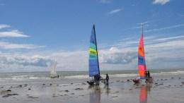 Deux catamarans prêts au défi